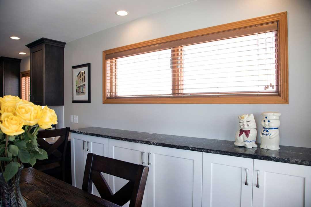 Fitchburg-WI-Transitional-Kitchen-Remodel-Side-Bar