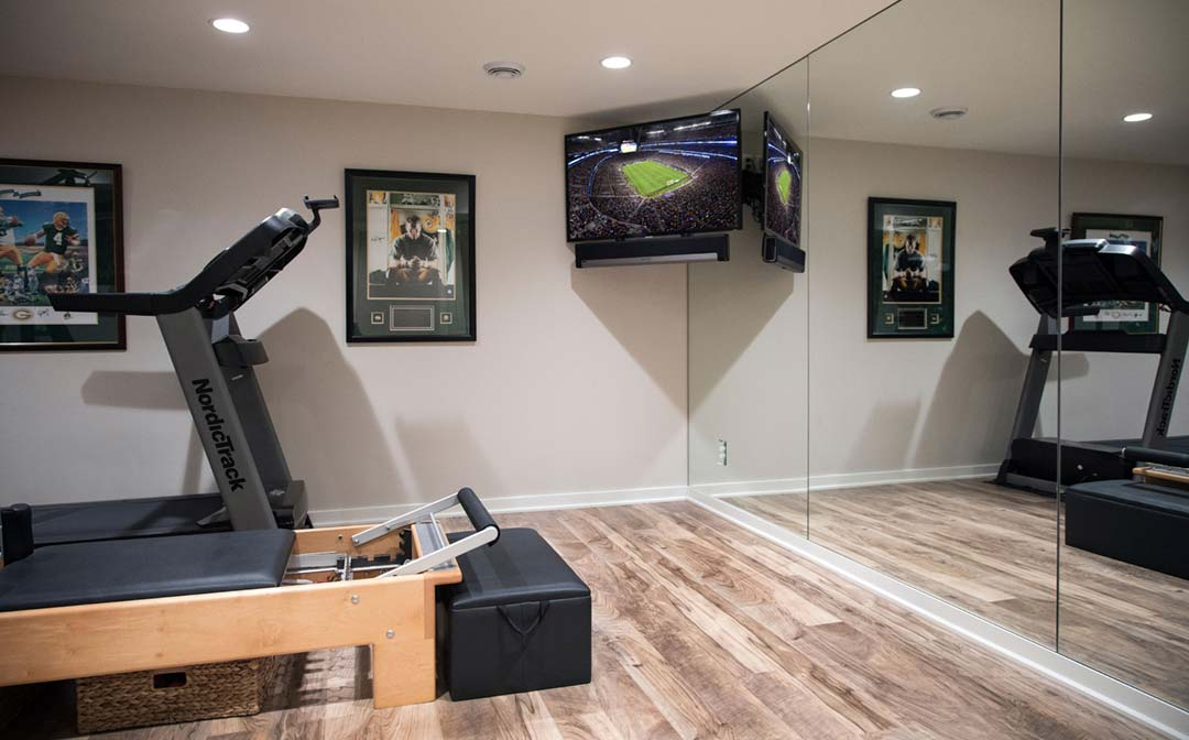 Madison-WI-Contemporary-Basement-Remodel-Gym