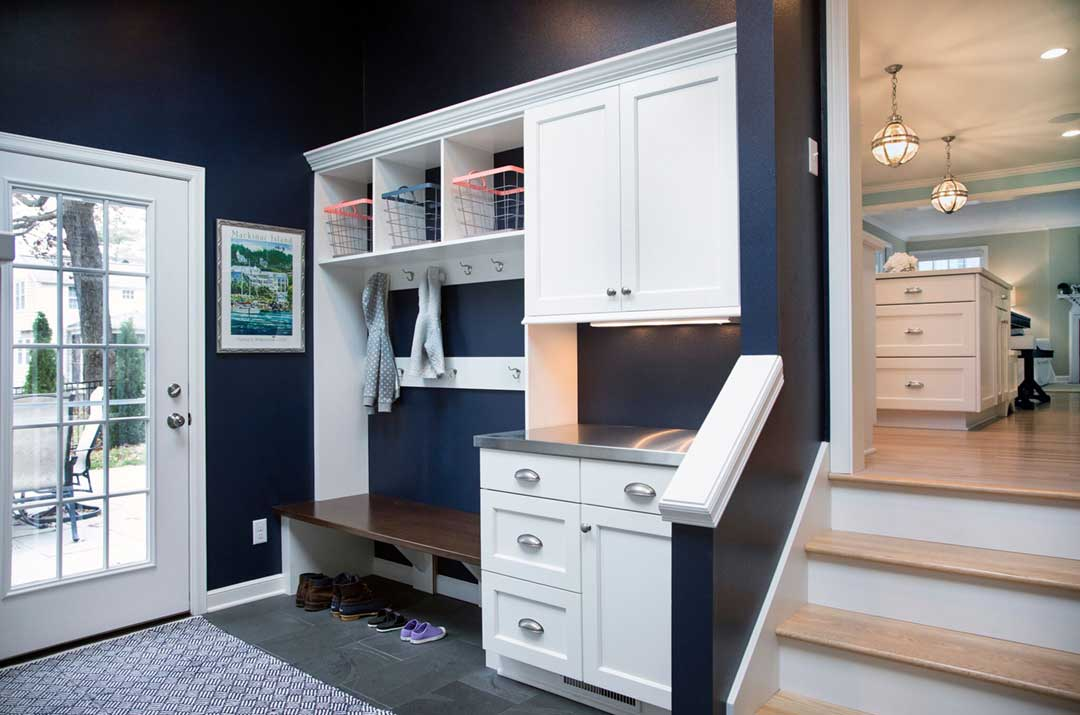 Madison-WI-Transitional-Kitchen-and-Mudroom-Addition-Mudroom-Cabinets