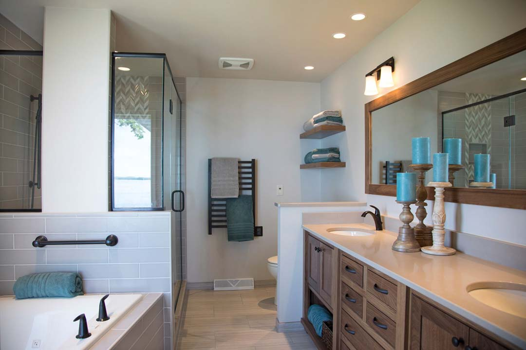 Stoughton-WI-Transitional-Bathroom-Remodel-Full-View