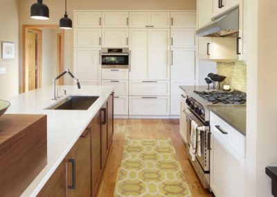 Bland to Grand: L-Shaped Contemporary Kitchen Remodel in High Point Estates – Madison, WI