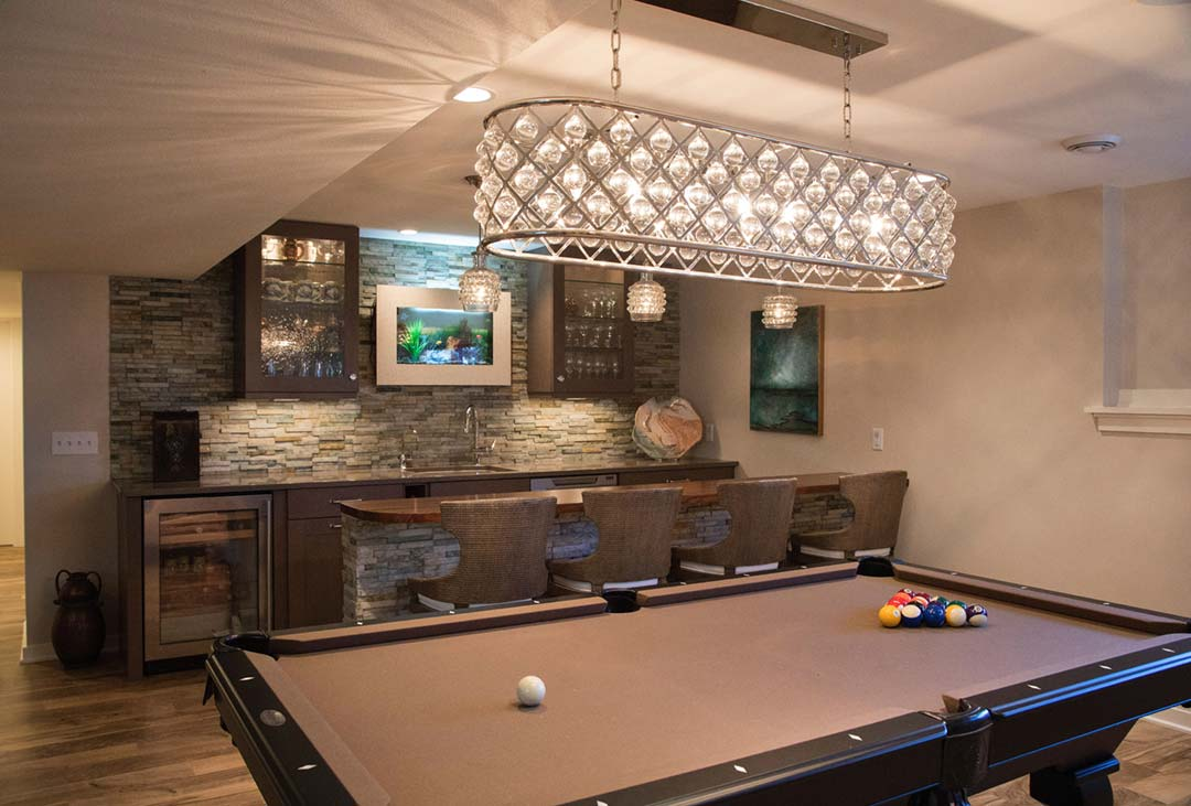 Madison-WI-Contemporary-Basement-Remodel-Bar