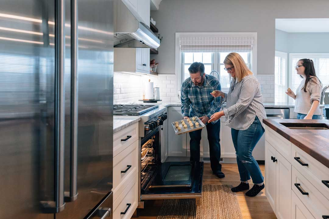 Madison-WI-Transitional-Kitchen-Remodel-Oven