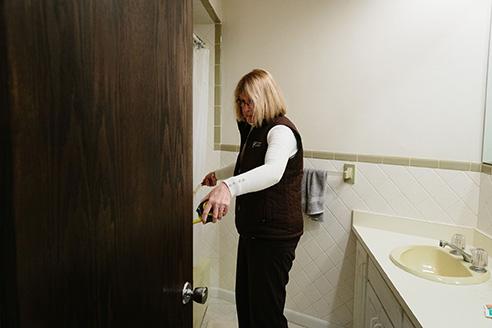 bath remodeling professional