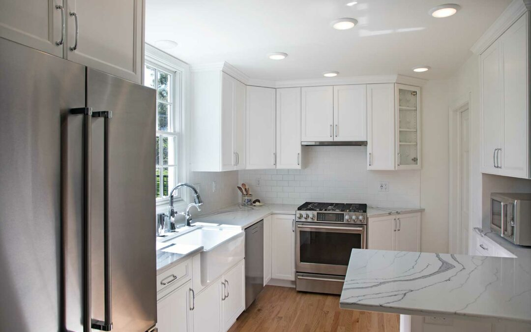 A Small Kitchen Becomes Fresh and Roomy: Transitional Kitchen Remodel in Madison